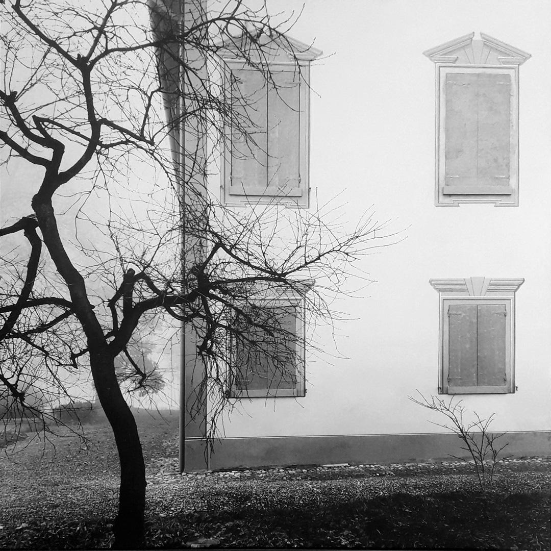 Mimmo-Jodice,-Via-Emilia,-1984.-Courtesy-L_artista